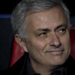 Mourinho hallani sem akar a lemondásról