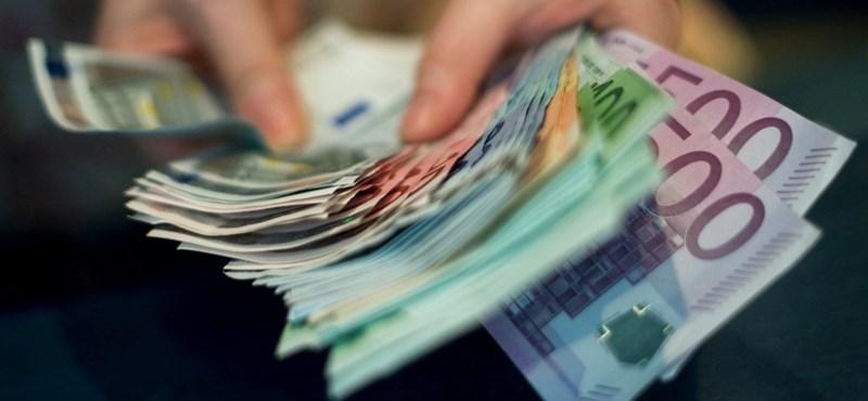90 ezer forintért árulta az érettségi bizonyítványt egy iskola, osztálynaplót is hamisítottak