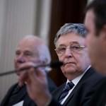 Alkotmánybírósághoz fordul az MTA elnöke