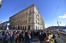 IDEA: A kormánypárti szavazók nagy csoportja soha nem menne el tüntetni