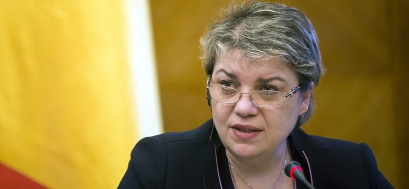 A román szocdemek nagy húzása: muszlim, tatár nő lesz a kormányfő