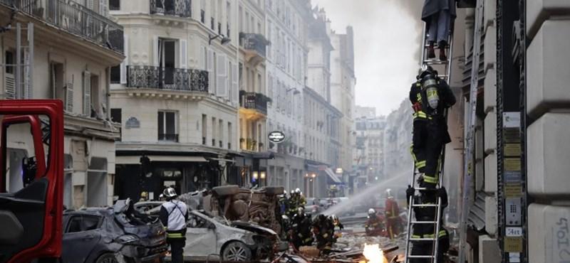 Robbanás volt a párizsi Operaház közelében, két tűzoltó meghalt