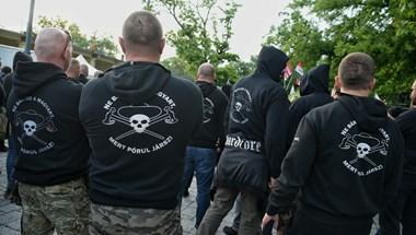 Letolták a Jobbikot: bejött Toroczkaiéknak a cigányellenes erőfitogtatás