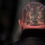 Csillogó koponyák, dühös antifák - így telt a Becsület napja Budapesten (képgaléria)