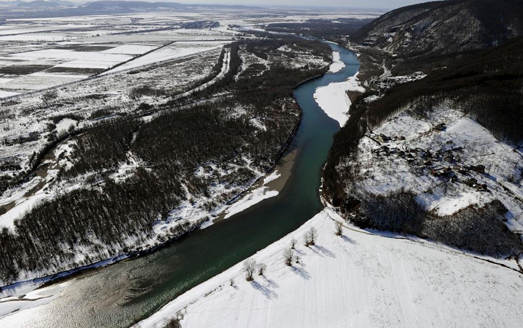 Légifelvételek a Tisza vízgyűjtő területéről légirendészet