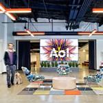Búgócsiga dizájn – ilyen lett az AOL új irodája!