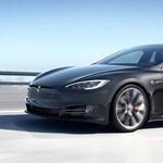 Még gyorsabb lett a Tesla Model S, a számháború folytatódik