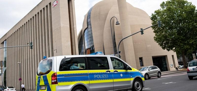 Kiürítették a kölni központi mecsetet