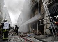 Kigyulladt a híres párizsi templom