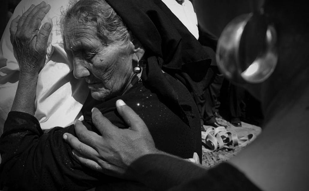 A Magyar Újságírók Országos Szövetségének Nagydíja a legkiemelkedőbb teljesítményért: Szandelszky Béla (Associated Press) - Roma gyász