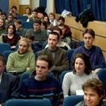 Mégis elfogadta a román parlament az oktatási törvényt