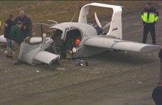 Csúnya zuhanás lett egy repülő autó teszteléséből – videó