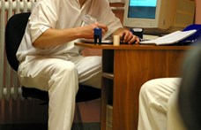 Az egészségügyi államtitkár meglepődött a javaslaton, ami bűncselekménnyé tenné a hálapénz elfogadását