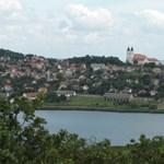 Nyit a tihanyi Belső-tó