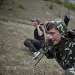 Katonai táborban tanulják a szenvedést az ukrán tizenévesek - Nagyítás-fotógaléria