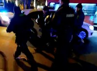 Rendőrség: Hat főt kellett eltávolítani a Lánchídról