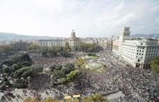 Barcelona polgármestere párbeszédre szólított fel a katalán válság rendezésére