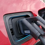 Putyin nem az elektromos, hanem a gázos autókban látja a jövőt