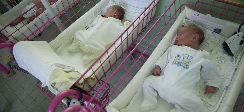 Egyre kevesebb magyar vállal gyereket