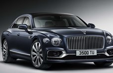 Videó: így száguld 340-nel az autópályán a Bentley hatalmas új luxusautója