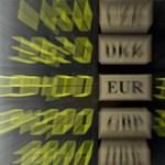 300 felett az euró: Matolcsy miatt gyengül a forint még mindig