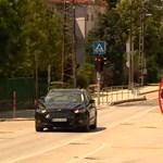 Azonnal bünteti a gyorshajtást egy közlekedési lámpa Székesfehérváron