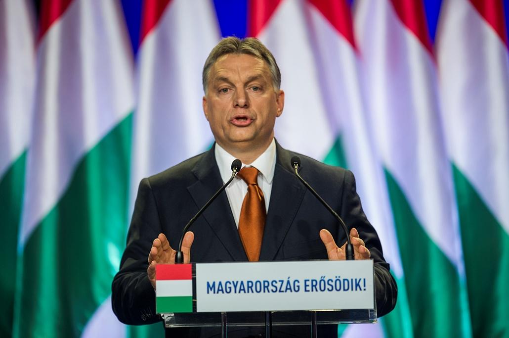tg.15.02.27.  Orbán Viktor miniszterelnök évértékelő beszédét mond a budapesti Várkert Bazárban 2015. február 27-én