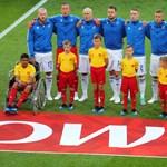 Lepacsiztak Messivel az izlandiakat kísérő magyar gyerekek