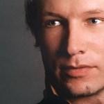 Szétplasztikáztatta az arcát Breivik