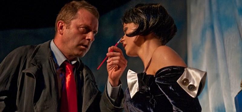 Tovább durvul a veszprémi Petőfi Színház válsága