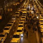 Még mindig babrálnak a taxisok a taxaméterrel