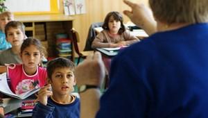 Koki a tanároknak: miért államosítják az iskolákat?