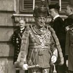 Begyűjtési mánia: a Szálasira felesküdött Habsburg marsallbotját is megvette a kormány