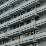 Húsz évig kell étlen-szomjan élni, hogy meglegyen a budapesti lakás