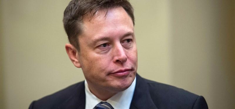 Musk bocsánatkérése: Dühös voltam, ezért pedofiloztam le a thai búvárt