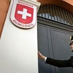 Keddig várja Amerika Svájctól az adócsalók adatait