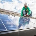 Napelem a tetőn: az ingyenáram is lehet veszélyes üzem