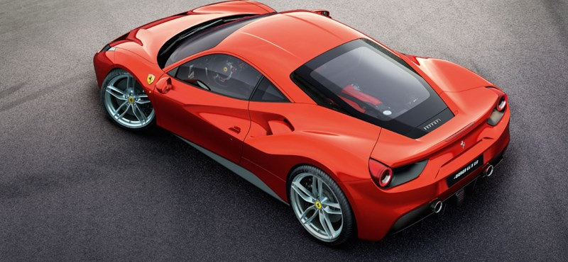 Politikailag nem túl korrekt, de idén is a Ferrarié az év legjobb motorja