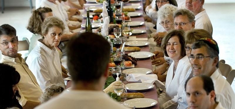 """""""Egy közös étkezés az együttlét ősi formája"""""""