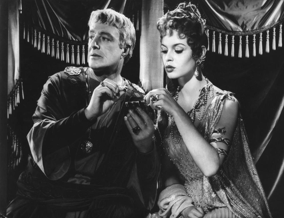 afp.1956. - Brigitte Bardot és Vittorio De Sica a ''Mio Figlio Nerone / Fiam, Néró'' című filmben - nagyítás