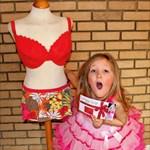 Mellplasztika a hetedik születésnapra? Megint egy anya borzolja a kedélyeket