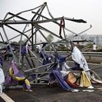 Tornádó is lecsapott a Kína keleti részén pusztító viharban - fotók