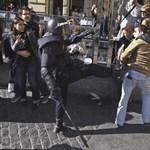 Elfoglalták a barcelonai egyetem rektori hivatalát a spanyol tüntetők