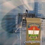 Utasokkal teli buszt akart leszorítani egy román kamionos a 44-esen