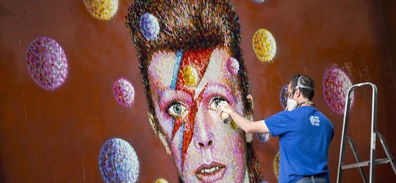 David Bowie-szobrot állítanak Angliában