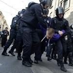 Hiába a sok tüntetés, az orosz parlament csak megszavazta a nyugdíjkorhatár emelését