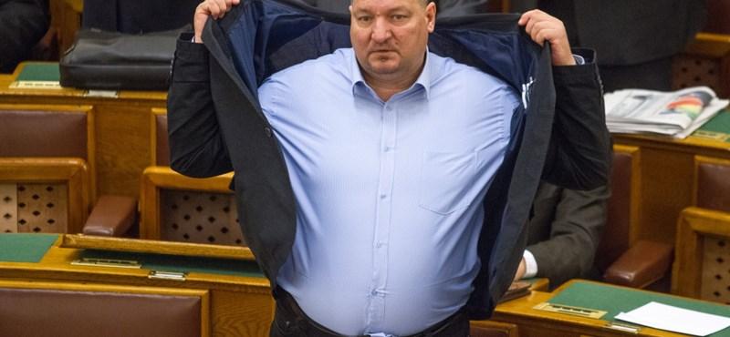 Németh Szilárd: Soros György hívta össze a parlament nemzetbiztonsági bizottsági ülését