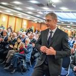 Internacionálé vagy Örömóda: az MTI-nek egyre megy