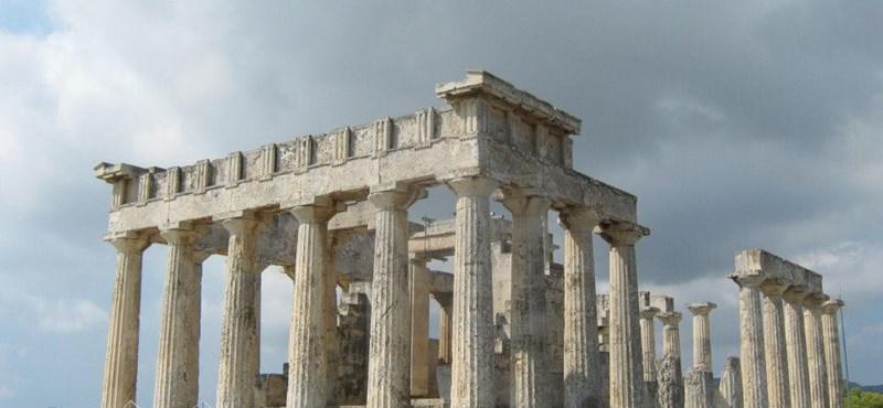 Újranyit az athéni Akropolisz
