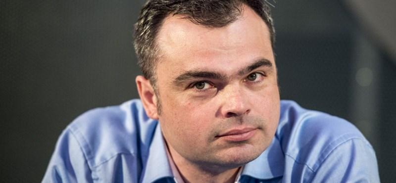 Vaszily új cége a Pesti Srácok tévéjébe fektethet